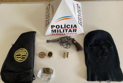 PM apreende drogas e armas